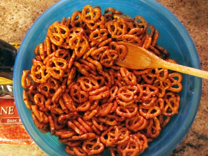 Mixing pretzels