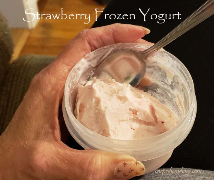 stawberry frozen yogurt